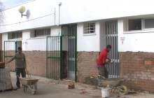 Obras de mejoras de acondicionamiento en la piscina municipal Arroyo de San Serván .