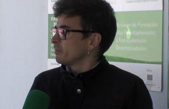 Entrevista a  Miguel Ángel para hablar del próximo curso de dependencia en Arroyo de San Serván